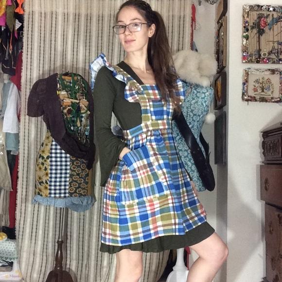Vintage Dresses & Skirts - Adorable Plaid Apron Dress Dolly Ruffle Sleeves